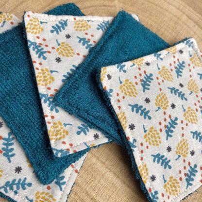 Lot de 5 lingettes lavables toutes douces en éponge de bambou motif pommes de pin jaunes et feuilles bleues